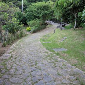 【歴史散歩】当山の石畳道