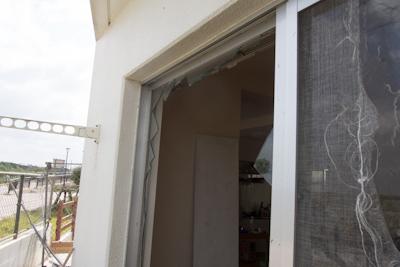 【実録】台風時に窓ガラスが割れたらどうなるのか